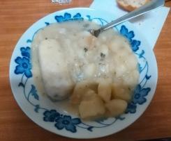 Patatas en salsa verde con merluza