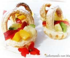 Canastitas de hojaldre con Fruta