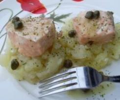 Ragú de salmón en salsa de alcaparrás
