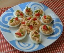 Huevos rellenos de atún y anchoas